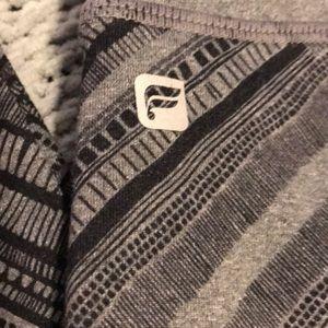Fabletics Pants - Fabletics Salar Leggings in Geometric Print
